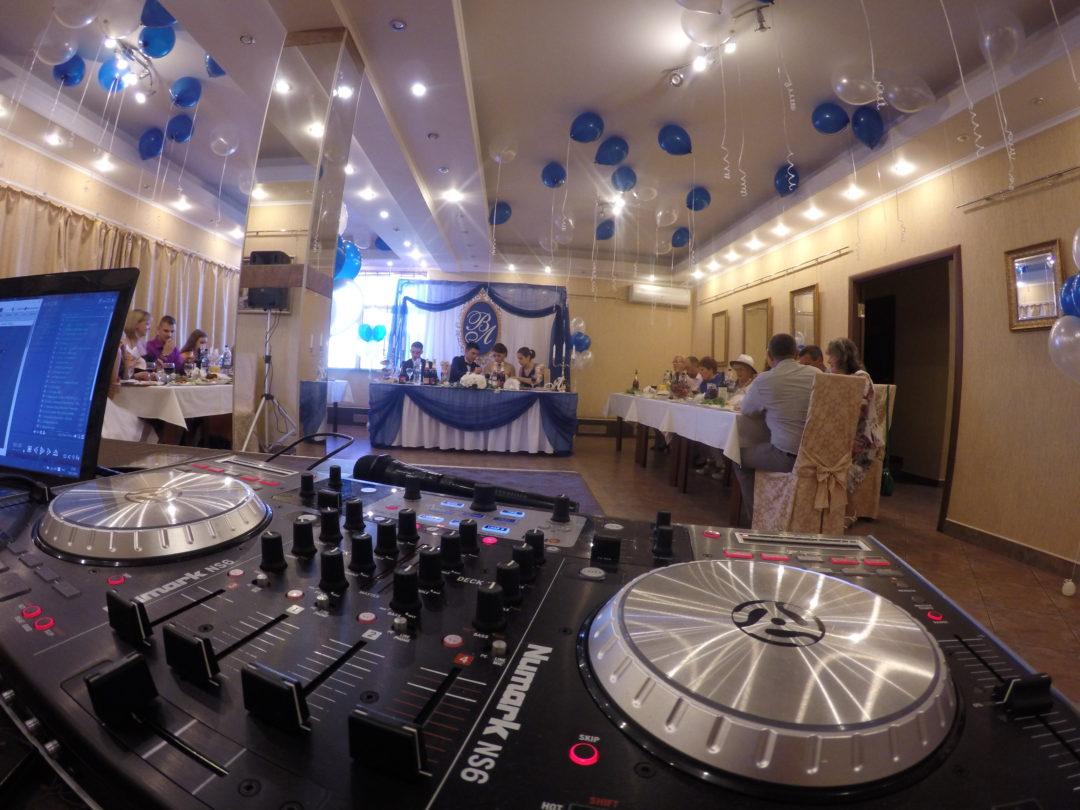DJ на свадьбу в Питере