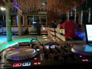 DJ на банкет и корпоратив, звук и свет в Питере